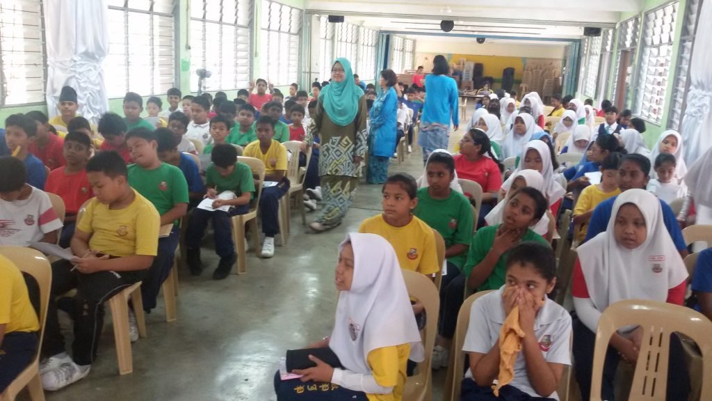 std 4 & 5 students at SK Puchong Jaya